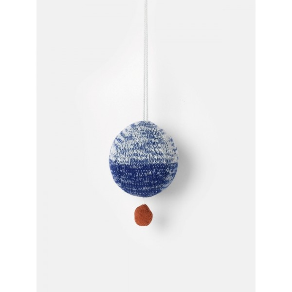 ferm-living-ball-knitted-music-mobile-851
