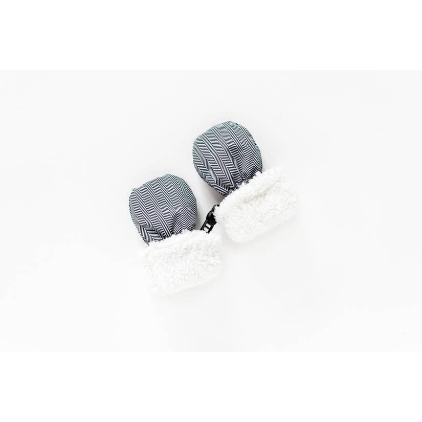 winter-mitts-herringbone-grey