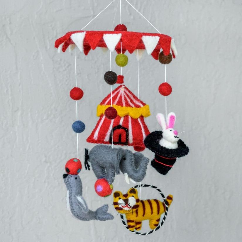 mobile-circus