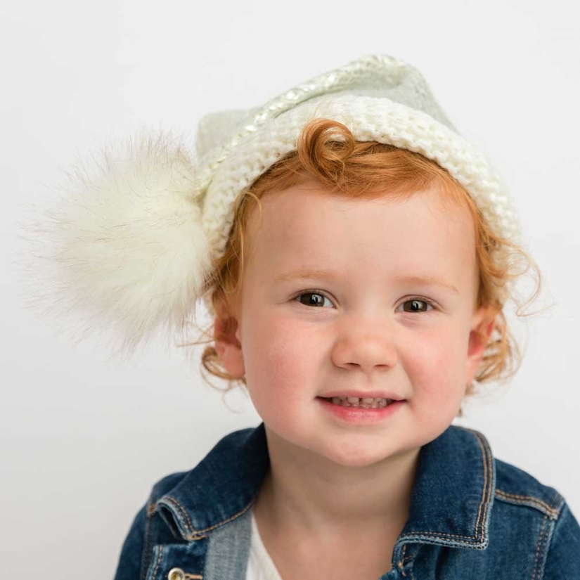 silver-glimmer-santa-hat